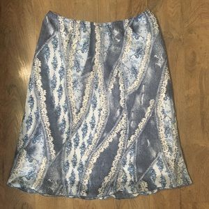 Dresses & Skirts - Ladies Skirt